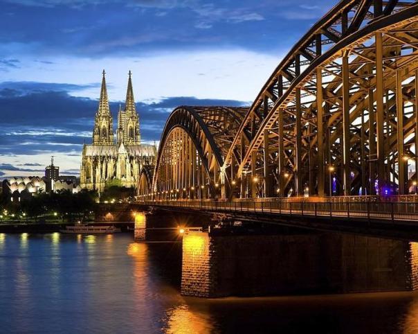 Köln_iStock_000010505573Large-1_e-hoi